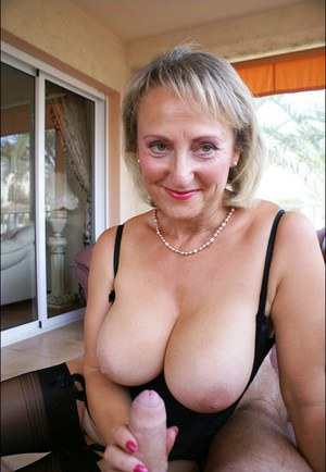 Marx, Mature lady handjob looking