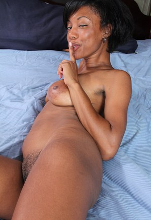 Naked mature ebony women