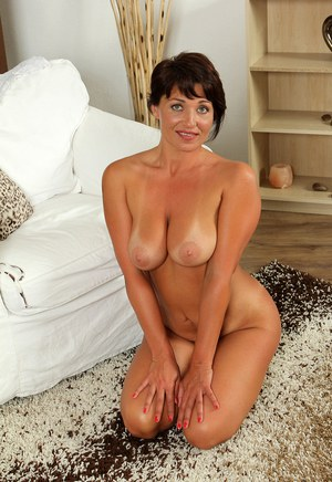 Mature On Her Knees Pics